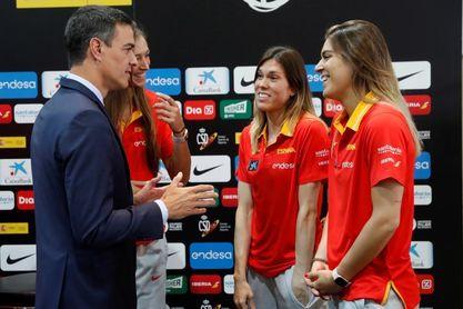 """Pedro Sánchez a la selección: """"Sois ejemplo de muchas cosas buenas"""""""