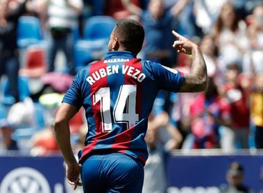 El portugués Rubén Vezo (Valencia) ficha por el Levante
