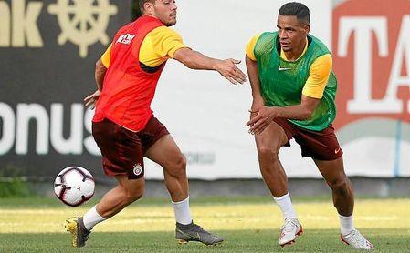 Fernando, ayer en un entrenamiento con el Galatasaray.