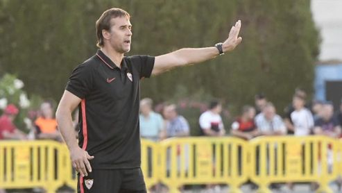 Primer amistoso del Sevilla de Lopetegui.