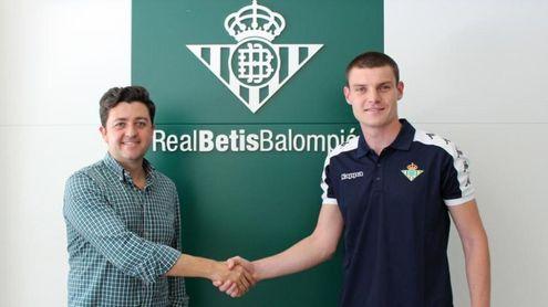 Xiker Ozerinjauregi refuerza la defensa del Betis Deportivo
