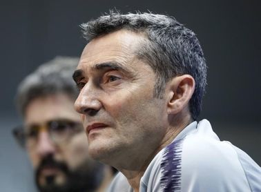 Valverde convoca a 17 del primer equipo y 9 del filial para la gira asiática
