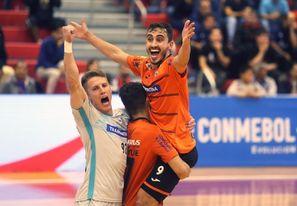 Carlos Barbosa derrotó a Cerro Porteño y logró el tricampeonato