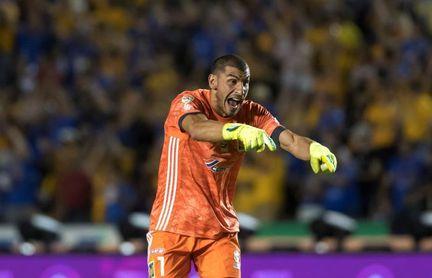 El campeón Tigres UANL debuta con un triunfo por 3-2 sobre el Morelia
