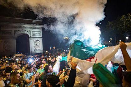 Detenidas 198 personas en Francia por altercados tras la victoria de Argelia