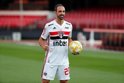 """Juanfran espera mostrar su """"mejor fútbol"""" en Sao Paulo y avisa a Filipe Luis"""