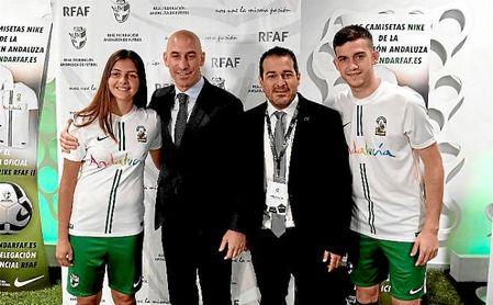 Pablo Lozano, presidente de la RFAF, junto a Luis Rubiales, su homólogo de la RFEF.