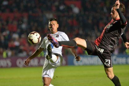 4-0. Colón golea al Zulia, revierte la serie y se mete en semifinales