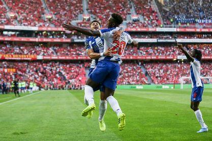 0-2. El Oporto se lleva el clásico en casa del Benfica
