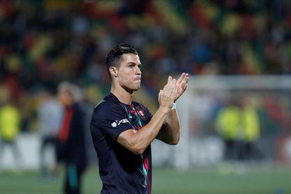 Cristiano Ronaldo y sus 702 goles, al acecho del iraní Ali Daei