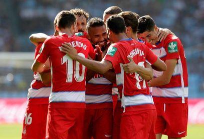 0-2. El Granada confirma su buen momento en un partido marcado por el VAR