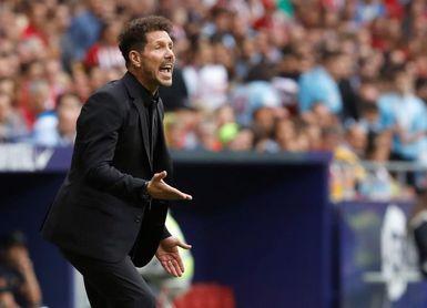 """Simeone: """"Confío mucho en Costa"""""""