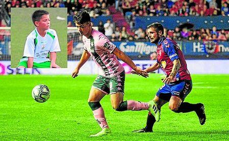 Ismael Gutiérrez salió con ocho años del benjamín de La Liara al Betis, con el que ya ha jugado en Primera.