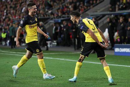 0-2. Achraf Hakimí brilla en Praga y da la victoria al Dortmund
