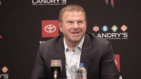 Fertitta reitera que los Rockets son un equipo de baloncesto apolítico