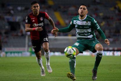Valdés y Aránguiz, bajas por lesión en amistosos con Colombia y Guinea