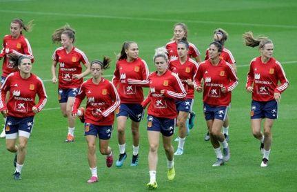 La selección española continúa en Praga su camino hacia la Eurocopa