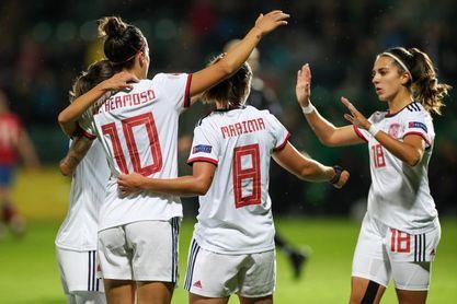 1-5. España golea por imposición