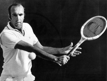 Fallece Andrés Gimeno, campeón más veterano de Roland Garros