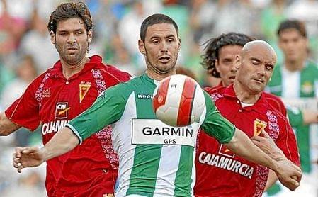 Melli, en un partido durante su etapa en el Betis.