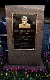 Subastarán el bate del jonrón número 500 de Babe Ruth