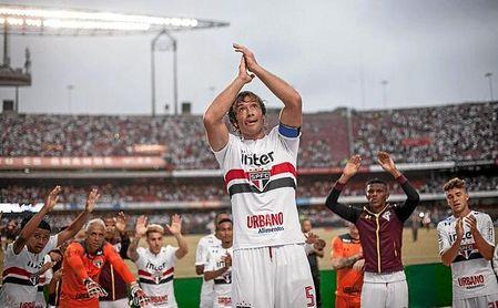Lugano estuvo jugando hasta el pasado mes de enero, cuando se retiró.