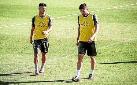 Ismael y Javi García, durante un entrenamiento.