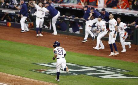 6-4. Altuve pega jonrón de dos carreras y los Astros vuelven a Serie Mundial