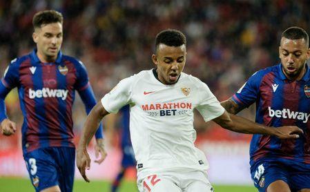 """Koundé: """"Me he sentido muy bien, como todo el equipo"""""""