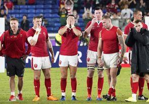 Despedidas y novedades en Nueva Zelanda y Gales para luchar por el bronce