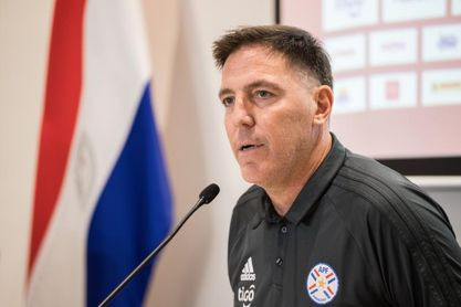 Berizzo reafirma su compromiso con Paraguay y desmiente una oferta del Celta