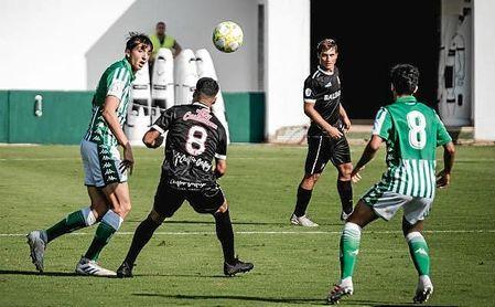 Edgar, desde su llegada el pasado año, es un fijo en el Betis Deportivo.