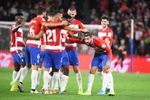 1-2. Portu impulsa a la cima a la Real con un gol postrero en Granada