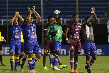 Delfín por ganar su primer título ante el Rey de Copas de Ecuador, Liga de Quito