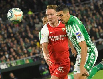 1-2. La efectividad del Sevilla le da un derbi igualado