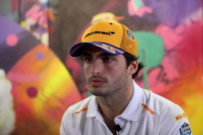 """Carlos Sainz: """"Un podio es soñar, es extremadamente difícil en la F1 actual"""""""