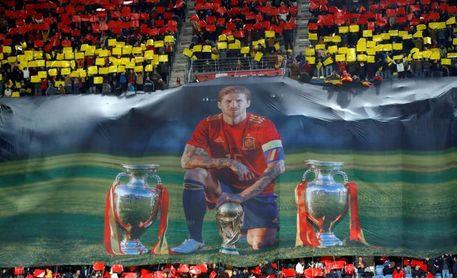"""Ramos, """"contento"""" por su homenaje, por el juego y por primer puesto de grupo"""