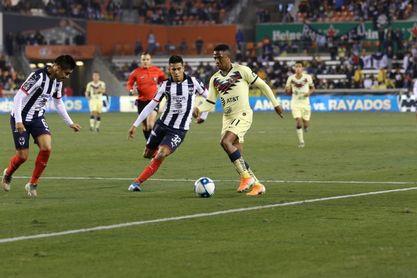 1-2. Los Rayados deciden triunfo con goles de Parra y Janssen