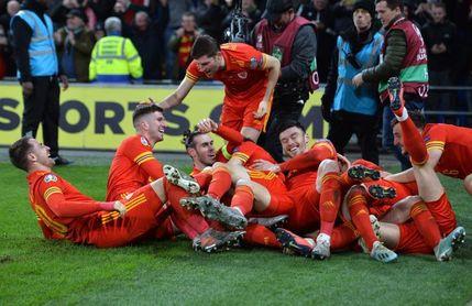 2-0. Ramsey sella el billete de Gales