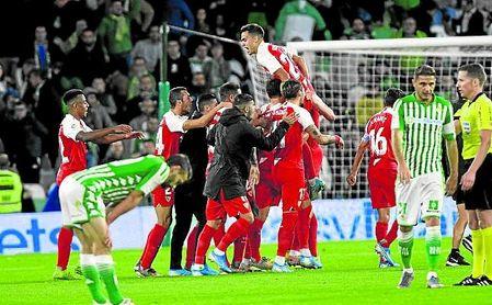 El Sevilla se fue al parón con la moral por las nubes tras el derbi.