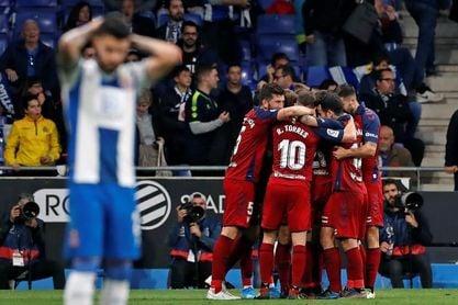 2-4. Osasuna hunde al Espanyol en tres minutos
