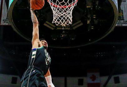 132-98. Wood encabeza ataque ganador de Pistons ante los devaluados Spurs