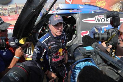 Carlos Sainz competirá en Arabia Saudita para preparar el Dakar