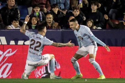 Aspas no entrena por precaución pero jugará contra Osasuna