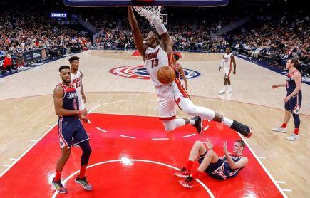 84-76. Adebayo y la defensa de los Heat asfixian a los campeones de la NBA