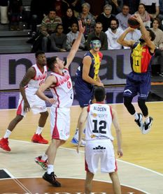 106-78. El Andorra acaricia la Copa tras un recital ante Casademont Zaragoza