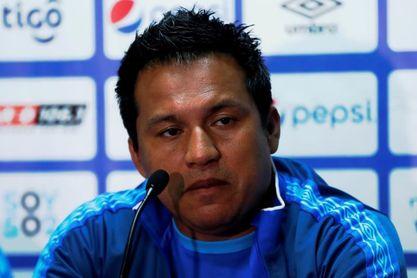 El seleccionador de Guatemala se capacitará en Europa con Bielsa y Simeone