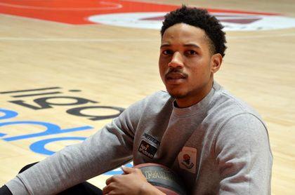 "Anthony Brown: ""Kobe Bryant me dijo que no espere jugar bien sin trabajar"""