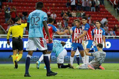Brizuela confía en que Chivas tendrá su campeonato 13 y superará al América