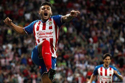 2-0. El Guadalajara vence al Juárez con goles de Vega y Macías
